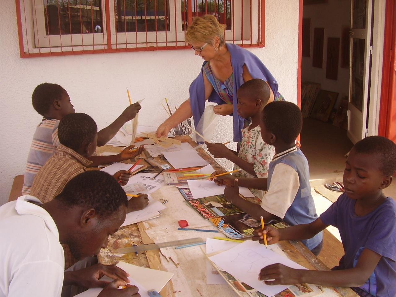Atelier de dessin pour enfants - Album photo pour enfant ...